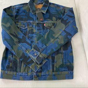 NEW Levis Premium Trucker Jacket Camouflage Large